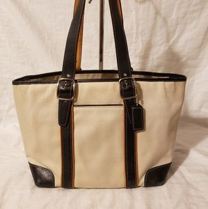Coach medium shoulder bag